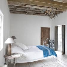 All White Bed All White Bedrooms Bedroom Colour Scheme Ideas Interiors Red