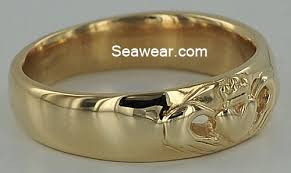 Claddagh Wedding Ring by Claddagh Wedding Band
