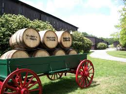 a guide to the kentucky bourbon trail the everygirl