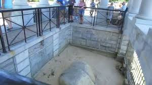 history of thanksgiving in usa happy thanksgiving from plymouth rock in plymouth massachusetts