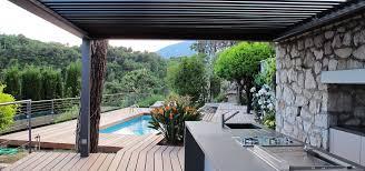 cuisine et creation deck piscine et cuisine d extérieur by inside création homify