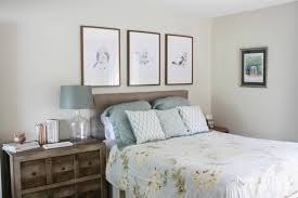 how to decorate a guest room guest room mini makeover designer trapped in a lawyer u0027s body