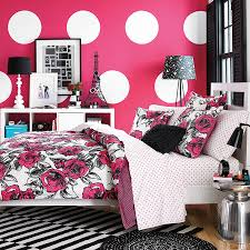 Vintage Black And White Bedroom Ideas Colorful Vogue Bedding Design With Pink White Wallpaper Idea Also