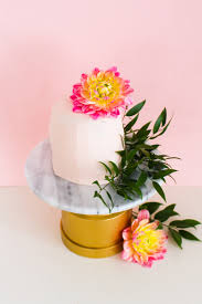 cheap wedding cake stands make this easy budget diy marble cake stand bespoke bride