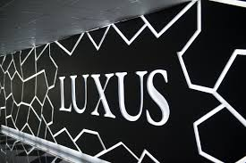 lexus canada helpline luxus grand hotel