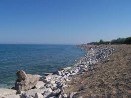 The illinois state beach bike path