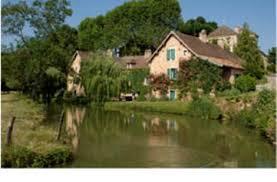 chambres d hotes de charme en bourgogne chambres d hôtes château de messey les maisons vigneronnes