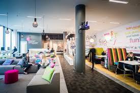 Pixar Offices by Office Canteen Break Out Space Oficinas Soñadas U003c3 Dream