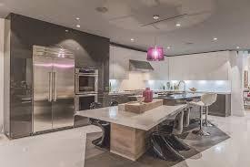 ilot cuisine pour manger cuisine moderne avec ilot central 13 meubles salle 224 manger