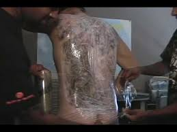 how long does tattoo numbing cream take to work part 1 tony getting a tattoo with drnumb numbing cream youtube