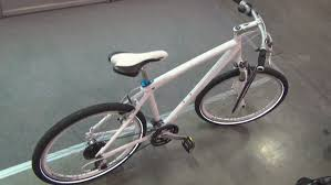 bmw bicycle bmw cruise bike size m white 2013 exterior and interior in 3d