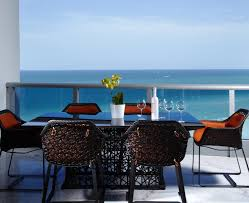 Florida Design S Miami Home And Decor Magazine J Design Group Bringing Island Inspired Life To South Florida