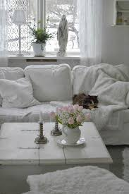 Shabby Chic Living Room Accessories by 26 Charming Shabby Chic Living Room Décor Ideas Shelterness