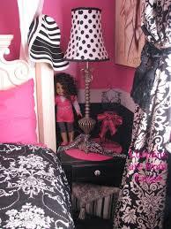 Purple Paris Themed Bedroom by 198 Best Meet Me In Paris Images On Pinterest Paris Rooms
