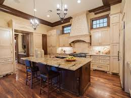 44 custom kitchens of all styles