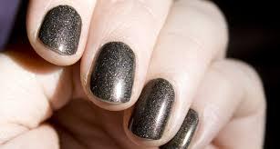 nail varnish colours for winter skin tones