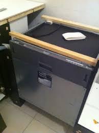 montage cuisine hygena plan de travail hygena affordable couleur plan de travail cuisine