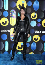 sarah hyland joins the u0027suicide squad u0027 for just jared u0027s halloween