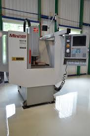 2001 haas mini mill 16x12x10 work envelope with a 7 5hp ac