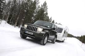 jeep box car jeep cherokee station wagon review 2008 2010 parkers