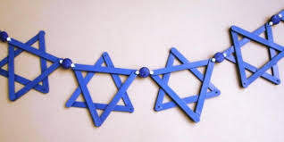 hannukkah decorations stick up a hanukkah garland hgtv