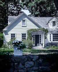 House Architecture Design Best 25 New England Farmhouse Ideas On Pinterest New England
