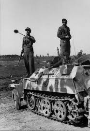 amphibious vehicle ww2 1224 best cav and ifv images on pinterest armored vehicles