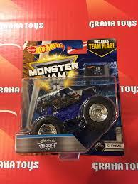 hotwheels monster jam trucks sun uva digger 1 7 chrome 2017 wheels monster jam case a