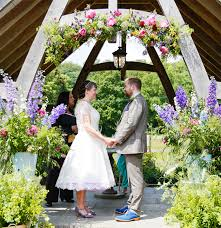 wedding flowers june uk wedding flowers in season june wedding chwv