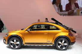 volkswagen beetle concept 2014 vw beetle dune concept at 2014 naias side indian autos blog
