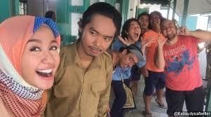 film komedi moderen gokil 3 ada comic dodit mulyanto dalam talak tiga laudya c bella