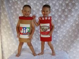 Pb Halloween Costume 20 Funniest Costumes Twin Kids Wear Halloween