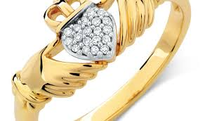 ring amazing mens gold claddagh ring zales engagement