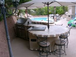 outdoor traditional outdoor kitchen island with half circle