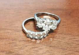 how much does an average engagement ring cost wedding rings average engagement ring cost 2017 engagement ring