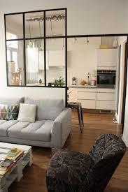 cloison separation cuisine sejour cuisine avec verrière pour cloisonner l espace avec style sans le