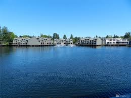 Bellevue Windermere Lake Bellevue Village Condo Bellevue Wa Condos U0026 Homes For Sale