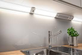 under cabinet bluetooth speaker light sights sounds and smartphones
