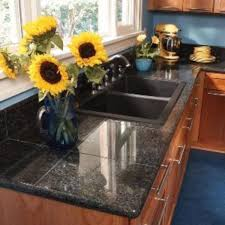Kitchen Countertop Material by Best 25 Tile Kitchen Countertops Ideas On Pinterest Tile