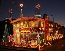House Decorated Christmas Lights Music by How To Decorate Your House With Christmas Lights Christmas