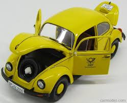 volkswagen yellow minichamps 150057195 scale 1 18 volkswagen beetle 1200 deutsche