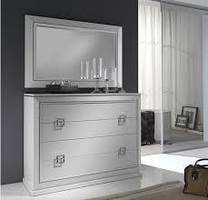 lacar muebles en blanco pasos para lacar muebles en blanco o en color muebles de madera