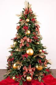 Modern Spanish House Decorated For Christmas Digsdigs by 35 Best Various Traditional Christmas Tree Images On Pinterest