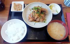 japanische küche das anrichten in der japanischen küche
