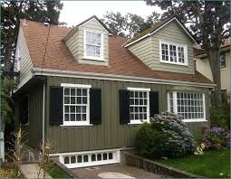 exterior paint color schemes with brown roof home design ideas
