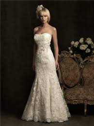 ivory lace wedding dress strapless scoop neck ivory lace wedding dress with belt buttons
