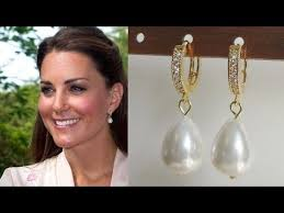 kate middleton s earrings kate middleton s borrowed royal jewellery from diamond earrings to