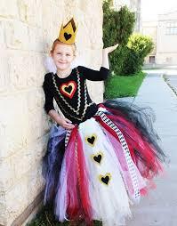 Halloween Costumes Queen Hearts 25 Queen Hearts Costume Ideas Diy Tutorials Hative