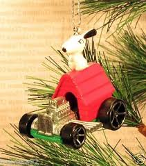 snoopy sopwith camel rod christmas ornament peanuts doghouse