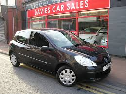 renault clio black used renault for sale in ellesmere port used car dealer south